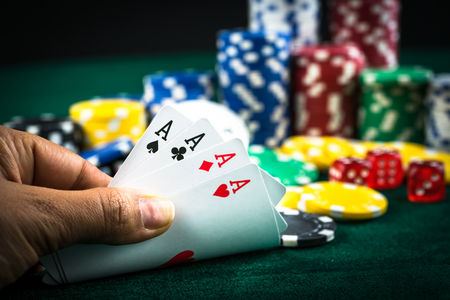 Have Fun And Grace With Playing Online Gambling Games
