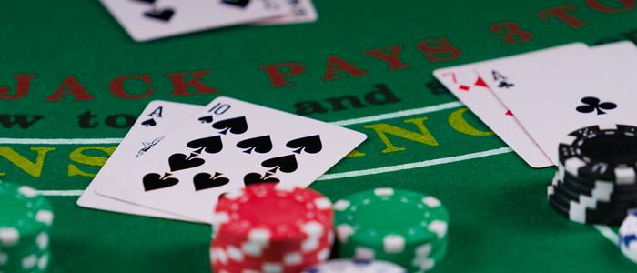 Version of poker in Online